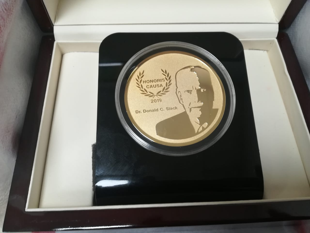 Donald Slack's Honoris Causa Medal from Chapingo Autonomous University